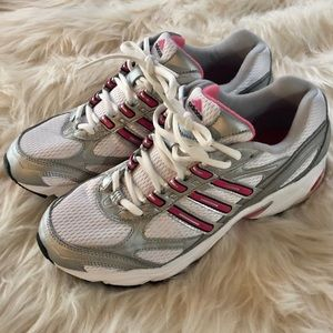 NEW! Adidas Woman's Running Sneakers Sz8
